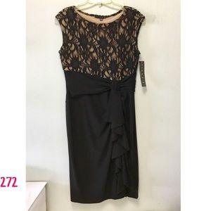 NWT Tiana B. Sleeveless Lace Shift Dress